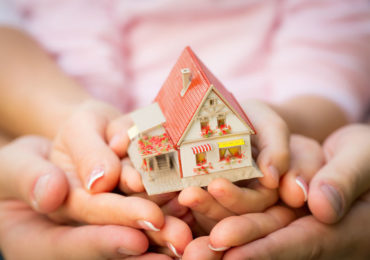 The Key Differences Between Home Insurance and a Home Warranty